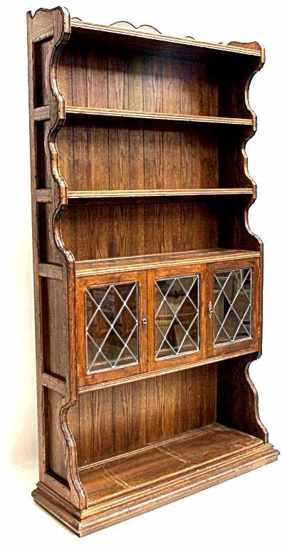 50: ETHAN ALLEN ROYAL CHARTER OAK LEAD GLASS BOOKCASE - 2