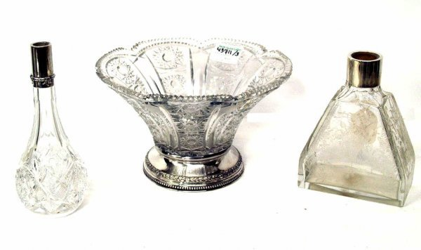 414: SPANISH CUT, ETCHED, STERLING & PLATE TABLE ITEMS