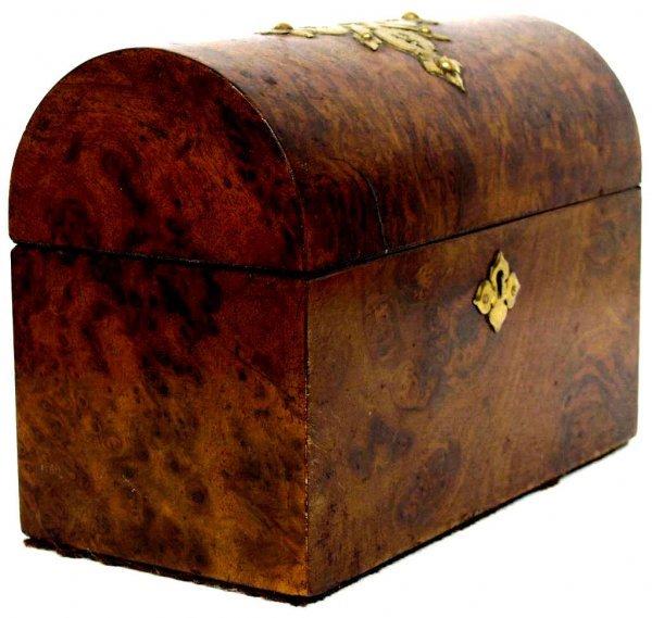 14: ANTIQUE ENGLISH VICTORIAN BURL WALNUT DOME BOX