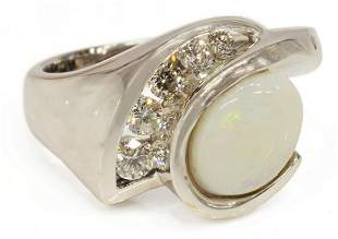 ESTATE 14K WHITE GOLD OPAL & 0.24CTTW DIAMOND RING