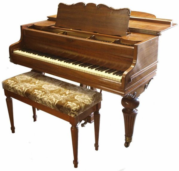 EXCELLENT CHICKERING MAHOGANY BABY GRAND PIANO