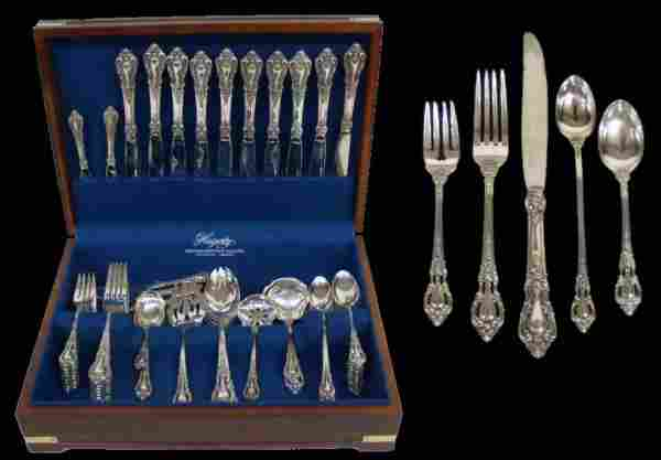 "LUNT ""ELOQUENCE"" STERLING SILVER FLATWARE SERVICE"
