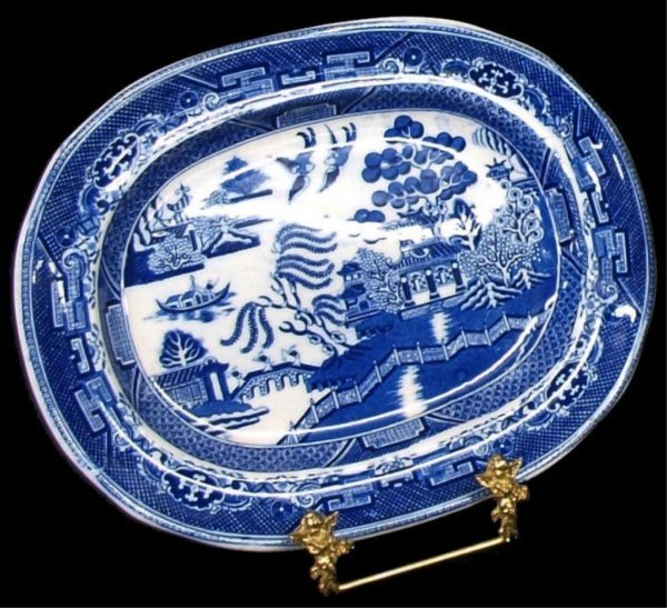 COLLECTION OF ENGLISH & DUTCH BLUE WILLOW CHINA - 3