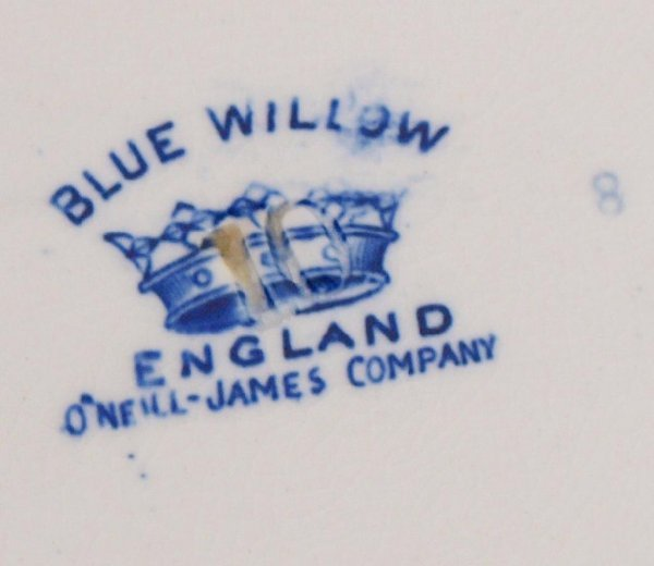 COLLECTION OF ENGLISH & DUTCH BLUE WILLOW CHINA - 5