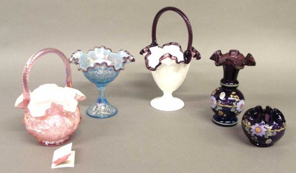(5) FENTON HAND PAINTED ART GLASS DECORATIVE ITEMS