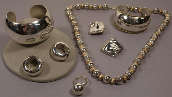 LADIES TAXCO MEXICO STERLING SILVER JEWELRY SUITES
