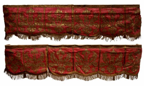 18TH / 19TH C. SPAIN GOLD EMBROIDERED TEXTILES