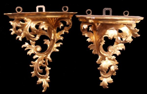 ANTIQUE CONTINENTAL GILTWOOD WALL BRACKETS