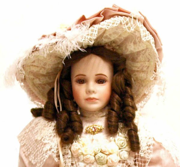 (3) LIMITED EDITION THELMA RESCH PORCELAIN DOLLS - 5