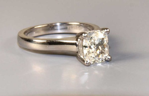 18KT, PLATINUM,1.62 CT F DIAMOND RING, GIA REPORT