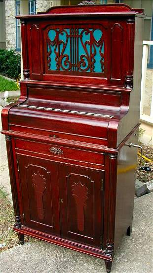 ANTIQUE PHONOGRAPH IN THE FORM OF PIANO