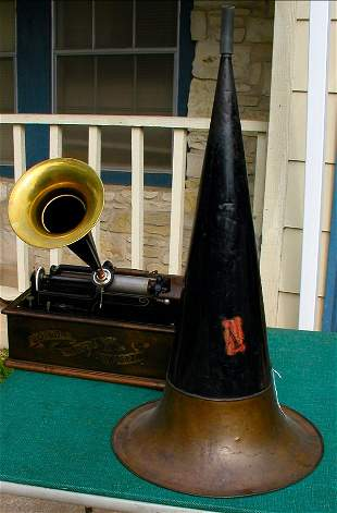 EDISON HOME CYLINDER PLAYER TWO HORNS
