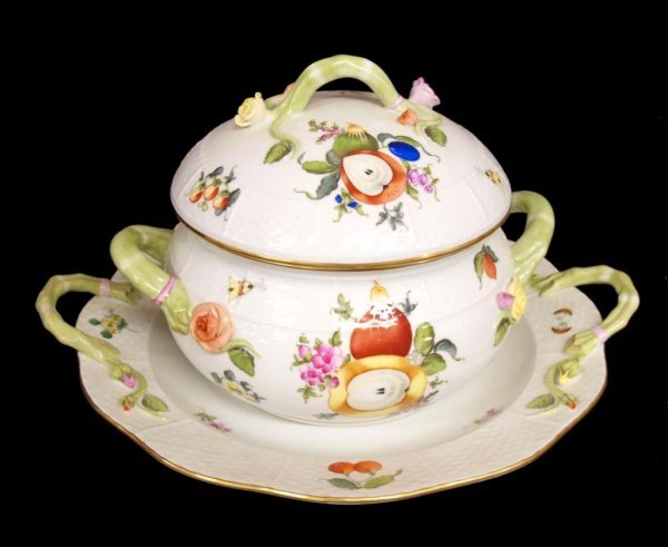 1: HEREND HUNGARY PORCELAIN TUREEN & UNDERPLATE