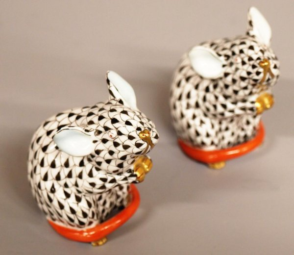 2: HEREND HUNGARY PORCELAIN MOUSE FIGURES