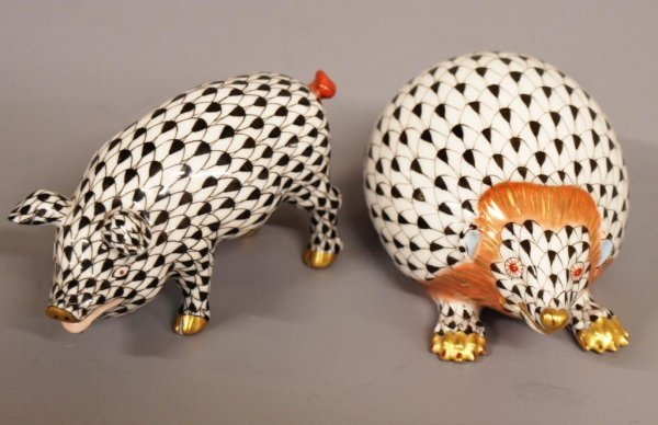 4: HEREND HUNGARY PORCELAIN MOLE & PIG FIGURES