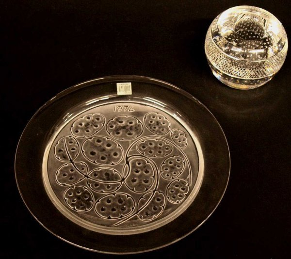 ART GLASS WEBB ENGLAND PAPERWEIGHT, LALIQUE PLATE