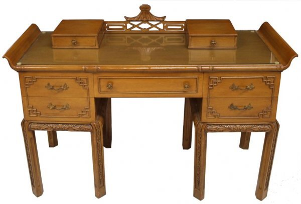 THOMASVILLE CHINESE CHIPPENDALE STYLE FURNITURE - 3