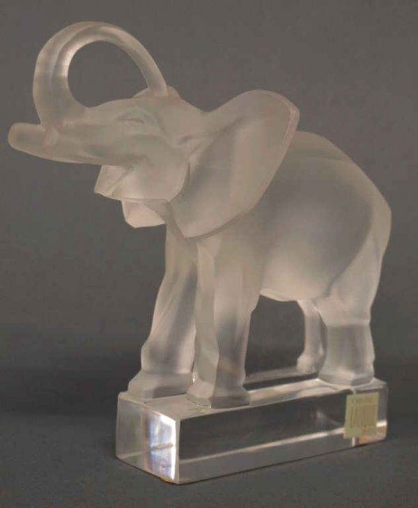 LALIQUE FRANCE FROSTED GLASS ELEPHANT FIGURE
