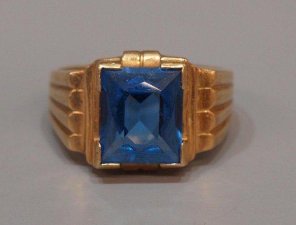 MENS 10KT GOLD & SYNTHETIC BLUE SPINEL ESTATE RING