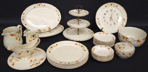 HALL AUTUMN LEAF JEWEL TEA DINNER SERVICE & EXTRAS - 3