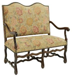 FRENCH LOUIS XIV STYLE UPHOLSTERED SETTEE SOFA