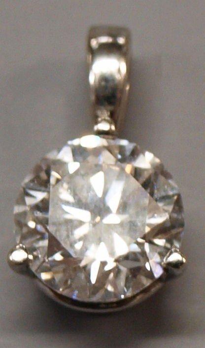 227: JEWELRY: 14KT WHITE GOLD & 1.22 CT DIAMOND PENDANT