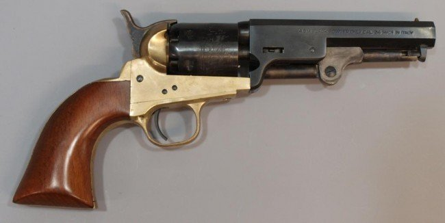 22: ITALIAN BLACK POWDER REPLICA REVOLVER