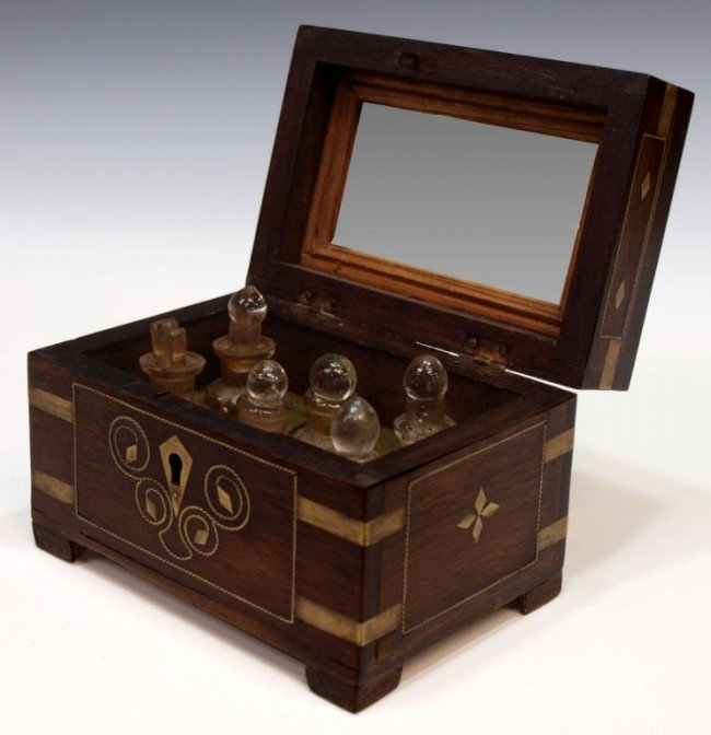 15: ANTIQUE ANGLO-INDIAN ROSEWOOD PERFUMERY BOX