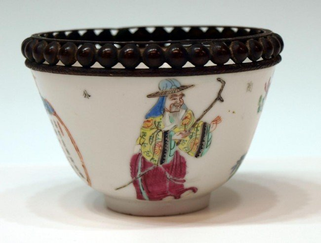 20: 19TH C. CHINESE EXPORT FAMILLE ROSE PORCELAIN CUP