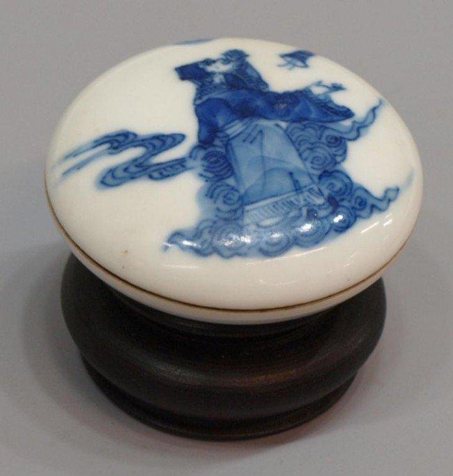 21: ANTIQUE CHINESE BLUE & WHITE PORCELAN LIDDED BOX