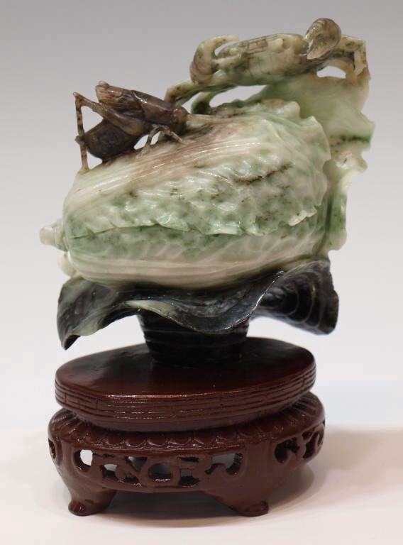 219: CHINESE CABBAGE, CRICKET & CRAB JADE CARVING