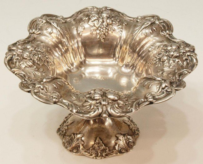 32: REED & BARTON 'FRANCIS I' STERLING SILVER COMPOTE