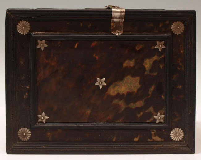 227:  INDO-PORTUGUESE TORTOISE SHELL & EBONY TABLE BOX - 9