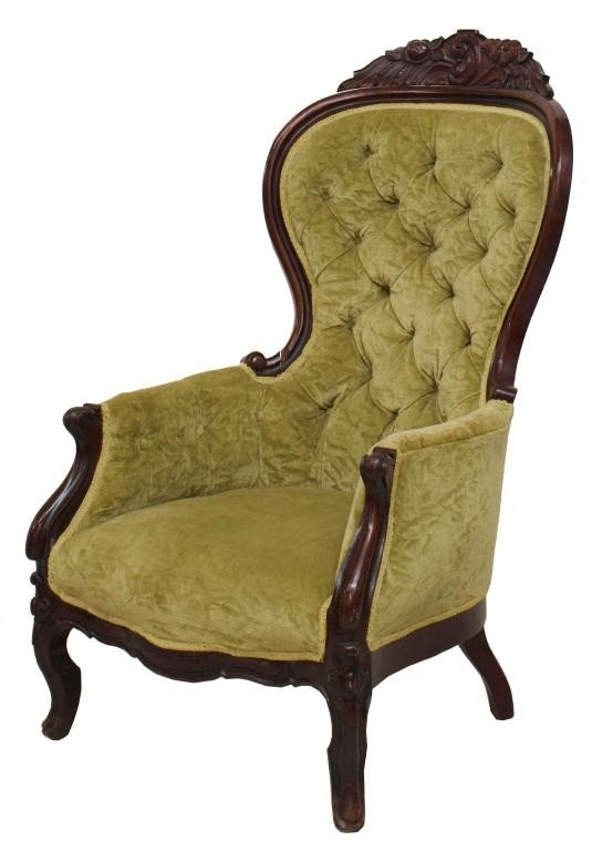 31: VICTORIAN BUTTONED CHAIR, CRUSH VELVET UPHOLSTERY