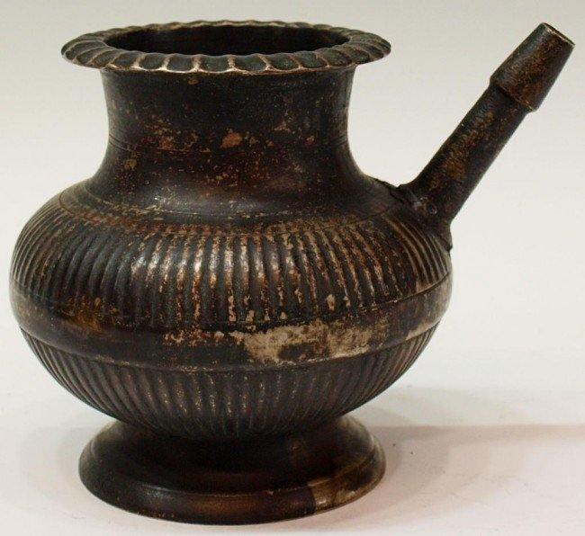 413: LATE 17TH C ISLAMIC BRASS RIBBED VESSEL