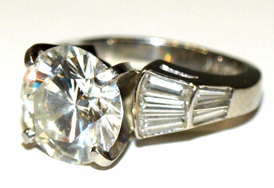 296: 5.09 CARAT GIA DIAMOND & PLATINUM RING, COLOR I