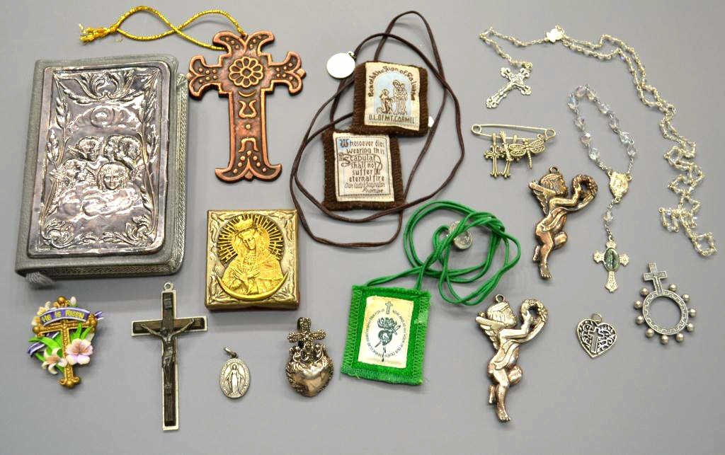 20: RELIGIOUS ITEMS, STERLING ROSARY, ICON, CRUCIFIX