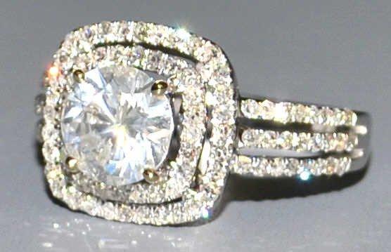 193: 14KT WHITE GOLD & 2.17 CT TOTAL DIAMOND RING