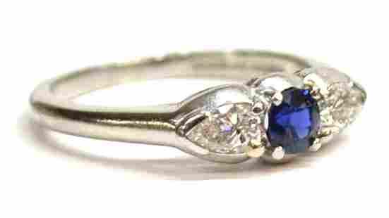 LADIES PLATINUM, SAPPHIRE & DIAMOND ESTATE RING