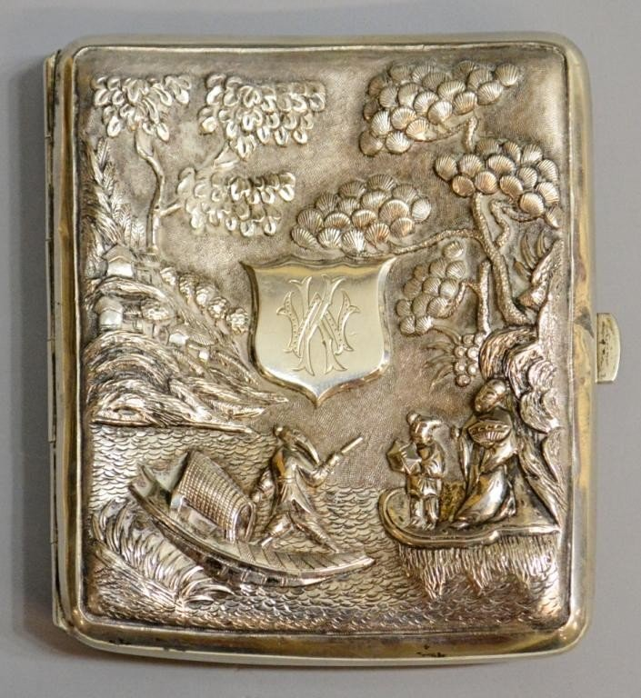 32: CHINESE EXPORT REPOUSSE SILVER CIGARETTE BOX