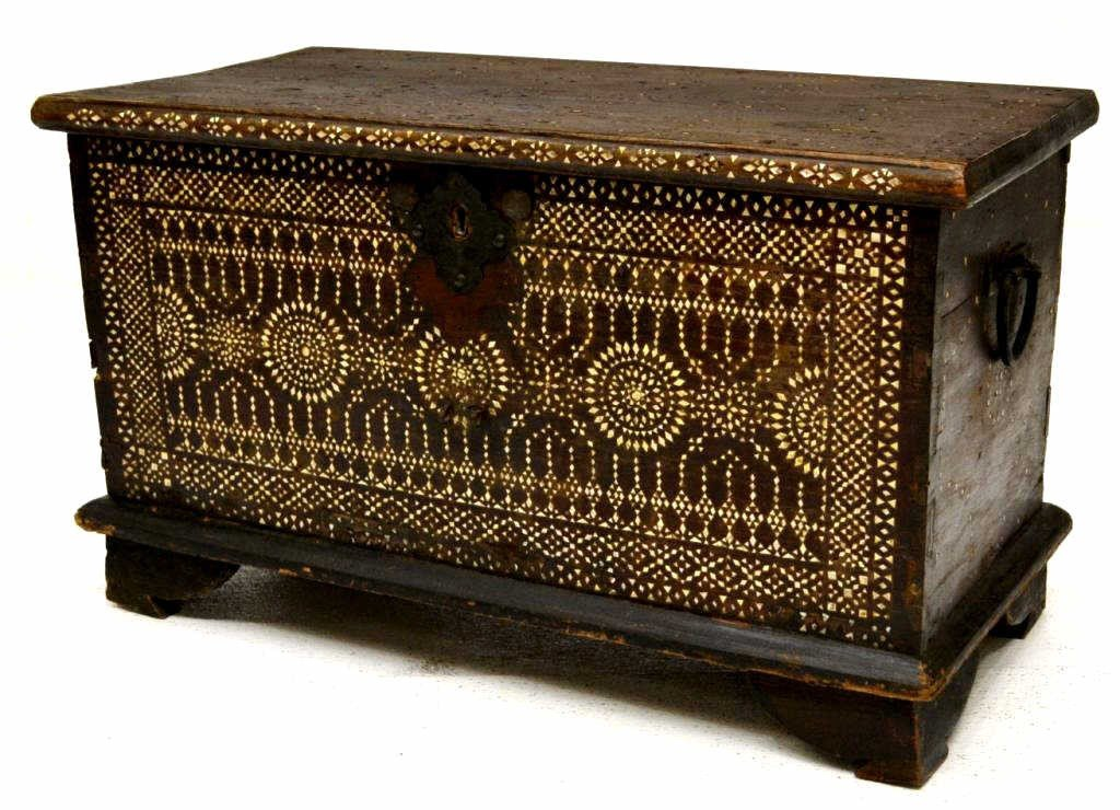 77: INDO-PORTUGUESE MOTHER-OF-PEARL INLAID TRUNK