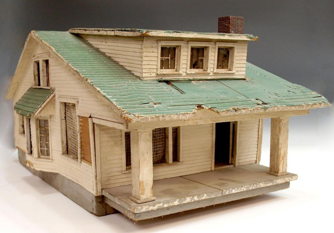 75: ANTIQUE AMERICAN FOLK ART MODEL OF A HOUSE