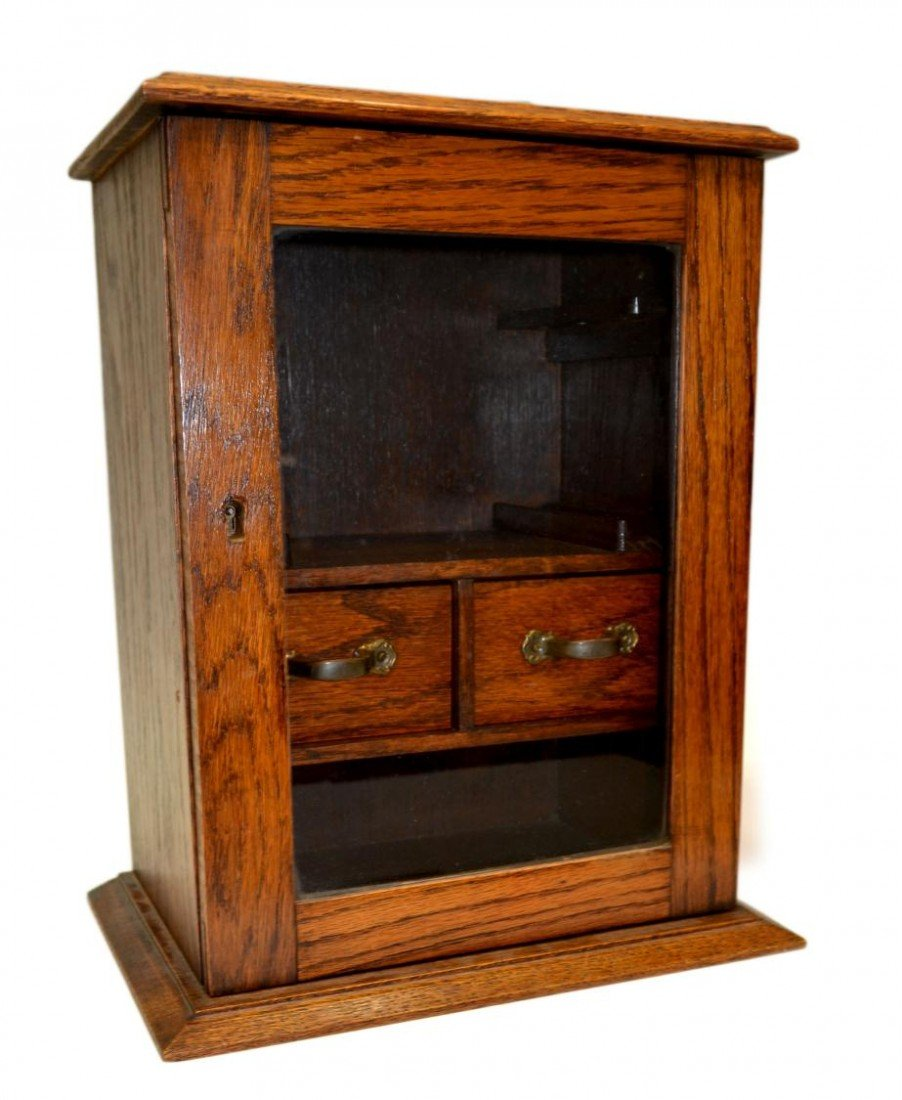 18: ANTIQUE ENGLISH OAK FITTED SMOKERS CABINET