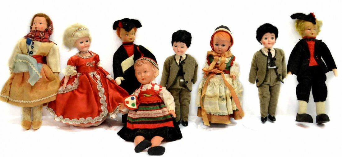 25: HUGE GROUP VINTAGE DOLLS FROM AROUND THE WORLD - 3