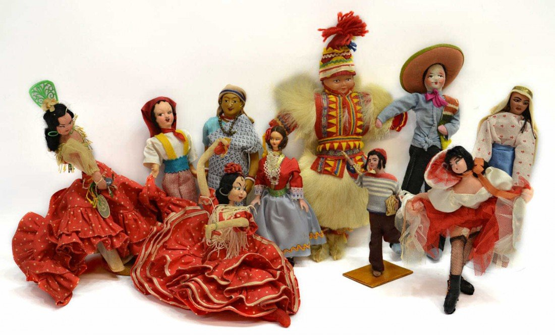 25: HUGE GROUP VINTAGE DOLLS FROM AROUND THE WORLD - 5