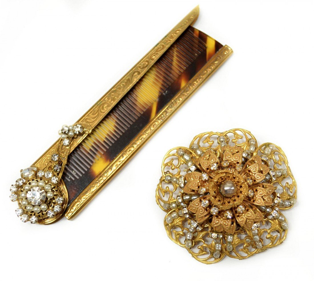 13: VINTAGE MIRIAM HASKELL BROOCH & FAUX TORTOISE COMB