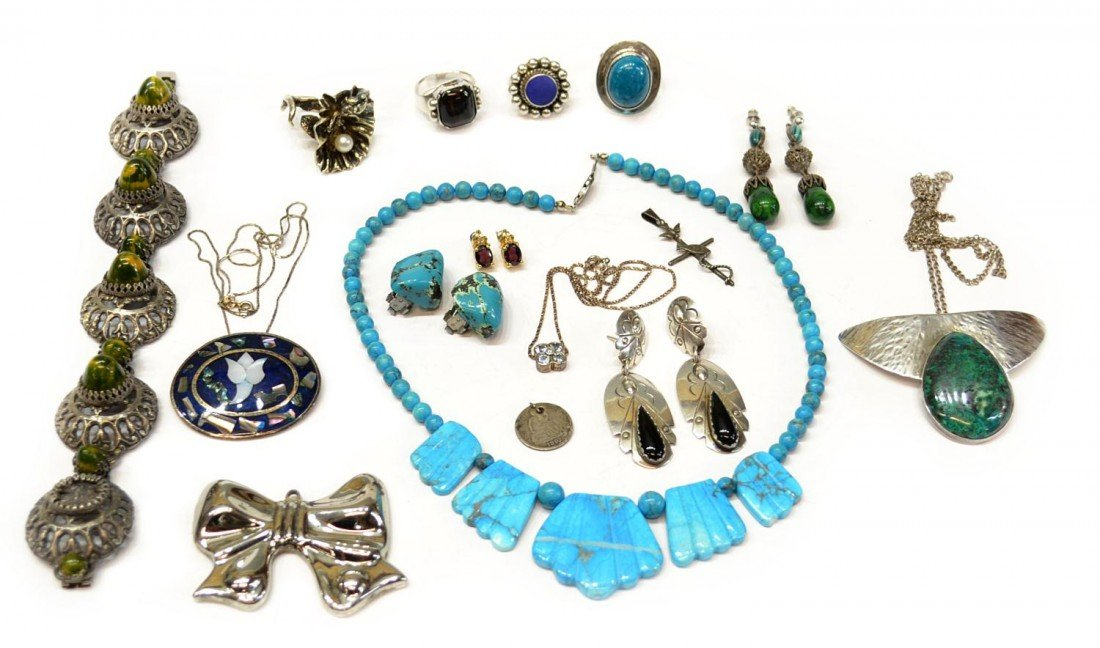 24: VINTAGE STERLING, TURQUOISE & OTHER JEWELRY LOT