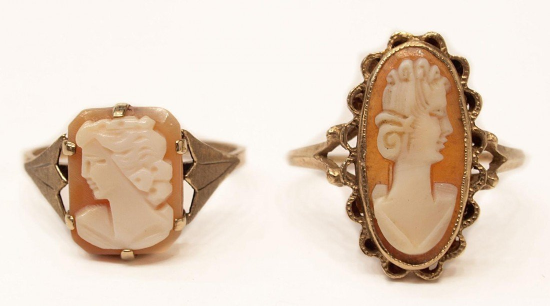 87: (2) VICTORIAN CARVED SHELL CAMEO GOLD ESTATE RINGS