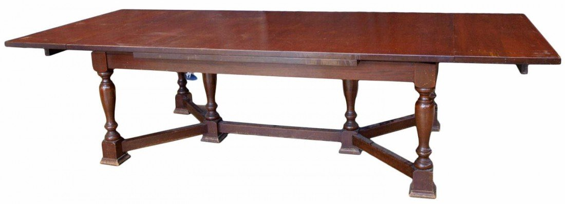 """22: AMERICAN MAHOGANY EXTENSION DINING TABLE, 118"""""""