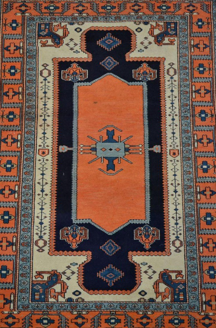 "19: HAND TIED PERSIAN RUG, 4'2"" x 6'1"""